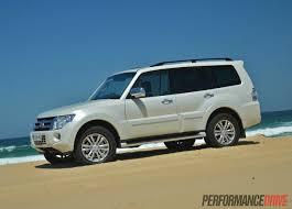 white mitsubishi sports car 2014 mitsubishi pajero exceed warm white pearl