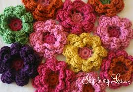 Crocheted Flowers - how to crochet a flower