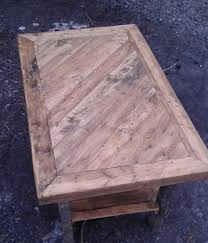 diy pallet coffee table with patterned top pallet furniture diy