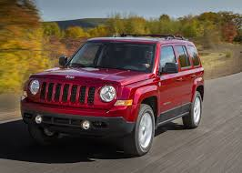 jeep commander vs patriot 2016 jeep patriot overview cargurus