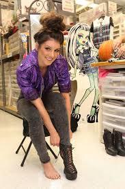 Frankie Halloween Costume Shenae Grimes Shows Halloween Costume Spills