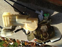 lexus two door 2001 lexus gs300 gs400 rear door disassembly door lock actuator
