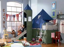 kinderzimmer rutsche hochbett mit schräger rutsche und turm für ihr kinderzimmer bett