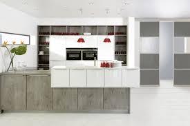 kchenfronten modern wandfarben ideen sand wohnzimmer wohnideen kamin graue holzpaneele