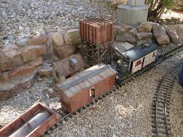 garden railway layouts russ greek u0027s g scale garden railway the rusty spike rotton tie