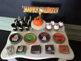 Halloween Party Cake by Baking In Miniature Halloween Party Decorations 1 12 Scale