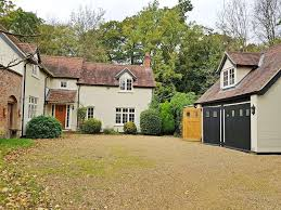 4 Bedroom Farmhouses And Country Villas For Sale Properties To Rent Listed By Country Properties Welwyn Garden City