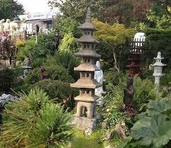 borderstone seven pagoda garden ornament