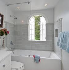Bath And Shower In Small Bathroom Shower Baths For Small Bathrooms Iagitos