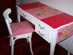 customiser un bureau en bois customiser un bureau en bois peindre un bureau d colier en bois id