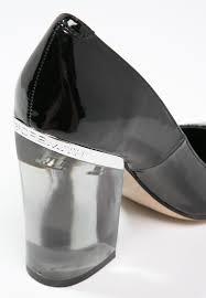 windsor smith windsor smith women classic heels villian classic heels black
