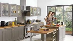 cuisine gris bois impressionnant cuisine grise et bois et cuisine gris et bois