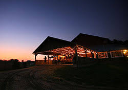 Wedding Venues In Kansas City Outdoor Country Weddings And Receptions At The Weston Red Barn