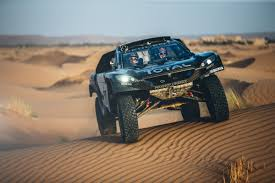 peugeot 2008 2015 the peugeot 2008 dkr16 just got bigger u2013 and better peugeot sport