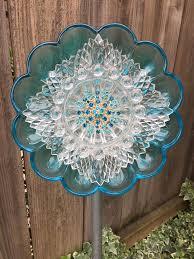 Glass Garden Decor 2458 Best Glass Art And Yard Art Images On Pinterest Glass