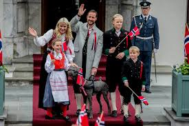royal families from around the world insider