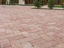 piastrelle x esterni mattonelle per giardini pavimenti per esterni guida alle