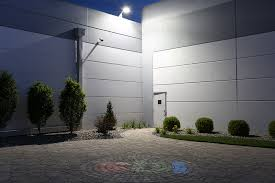 led dusk to dawn security light led dusk to dawn security light w mast arm 50w 100w mh