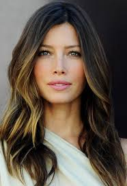 does hair look like ombre when highlights growing out there s something different about her recently and i like it