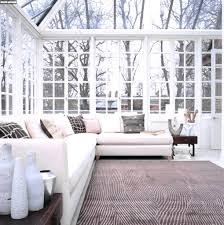 Wohnzimmer Beige Silber Braune Wandfarbe Entdecken Sie Die Harmonische Wirkung Der