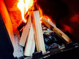 building a fireplace fire build a fire how to make a fire quick