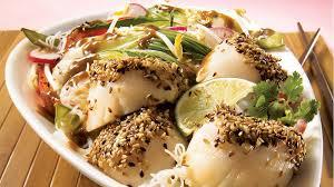 comment cuisiner les petoncles pétoncles au sésame sur sauté asiatique à l arachide recettes iga
