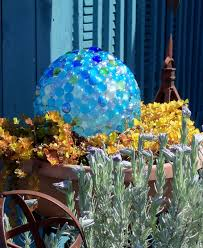 Garden Sphere Balls Make The Best Of Things Glass Garden Balls Diy