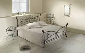 fer forgé chambre coucher lit siracusa lits romantiques iron