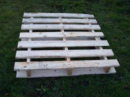 wooden pallets timber packing cases