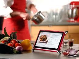 tablette cuisine tendance optez pour la tablette dans la cuisine cuisine et