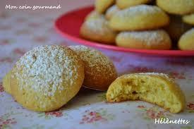 cuisine jaune d oeuf hélènettes biscuits aux jaunes d oeuf mon coin gourmand
