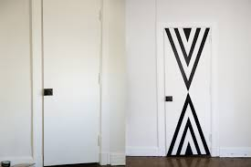 diy cheap and easy decorating hacks how to decorate your door