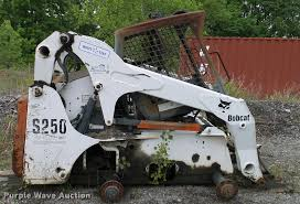 2004 bobcat s250 skid steer item l3033 sold june 13 pav
