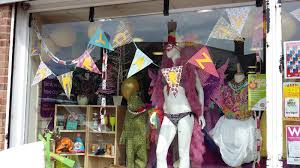 mardi gras shop radcliffeontrentcarnival mardi gras shop window competition the