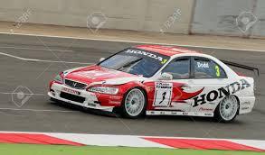 cars u0026 racing cars honda honda accord being driven in the british touring car race at