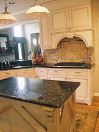 decorating classic kitchen using uba tuba granite with white