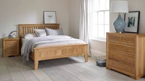 Emejing Oak Bedroom Furniture Gallery Home Design Ideas - Oak bedroom ideas