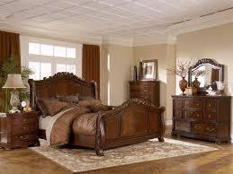 brown bedroom sets stagger urban plains 5 pc king upholstered 1