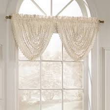 marilyn luxurious macrame look waterfall valance shopbedding com