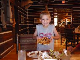 South Dakota traveling with toddlers images Kid friendly dining in rapid city s d travelingmom jpg