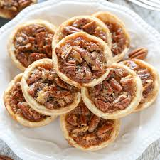thanksgiving mini cupcakes mini pecan pies