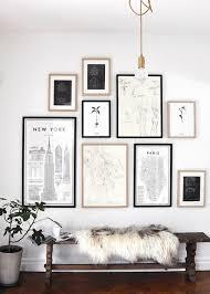 Bilderwand Esszimmer Fotowand Ideen Holzbank Fell Wand Deko Bilderhängung Pinterest