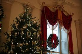 the 2016 white house christmas decorations by the numbers vogue