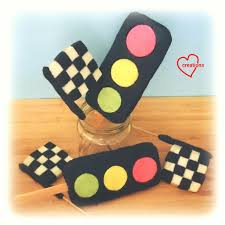 Checkered Racing Flags Loving Creations For You Checkered Racing Flag And Traffic Light