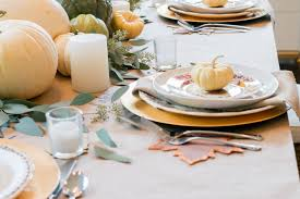 thanksgiving dishware five ways to set a perfect thanksgiving table lindsay hill interiors