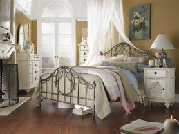 shabby chic bedroom ideas pinterest oval table decorative bed