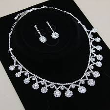 diamond set simple design flower shape diamond necklace set buy simple