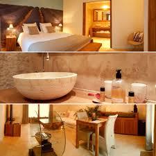 chambre privatif paca suite avec piscine intérieure privée et chambre avec