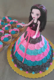 high birthday cakes high doll cake with coordinating cupcakes www