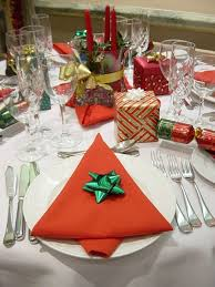weihnachtsservietten falten 40 bildschöne ideen wie sie servietten weihnachtlich falten